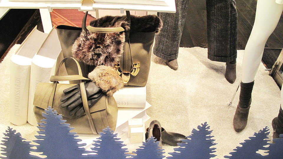 best-window-displays_trussardi_2013_christmas_07