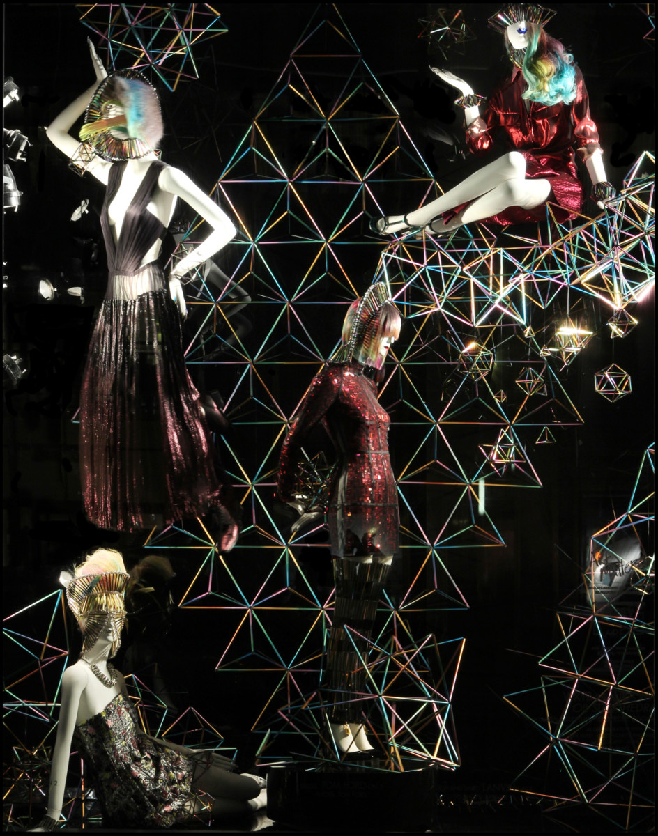 best-window-displays_bergdorf-goodman_2014_spring_art-matters_07