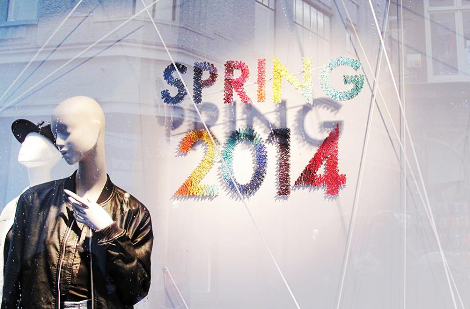 best-window-displays_bershka_2014_spring_04