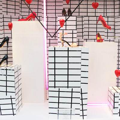'Blank Canvas' Pumps Spring Window Display at de Bijenkorf
