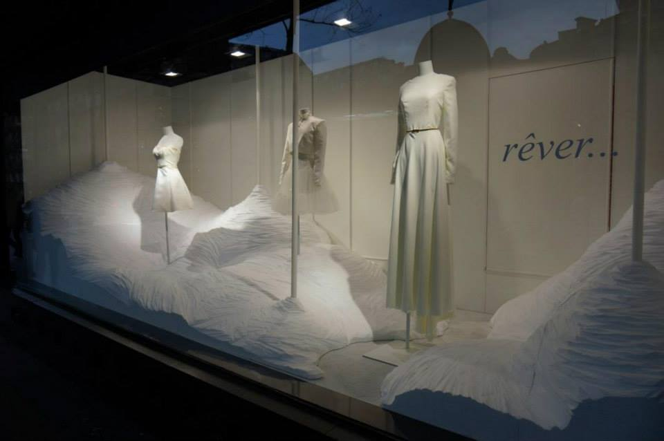 best-window-displays_galeries-lafayette_2014_spring_inspirez-respirez_02