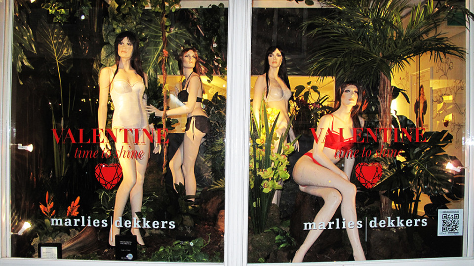 best-window-displays_marlies-dekkers_2014_valentine_02
