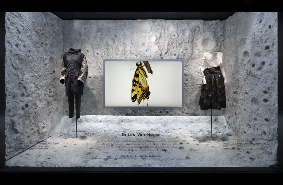 best-window-displays_barneys_2014_spring_dries-van-noten-inspirations_09