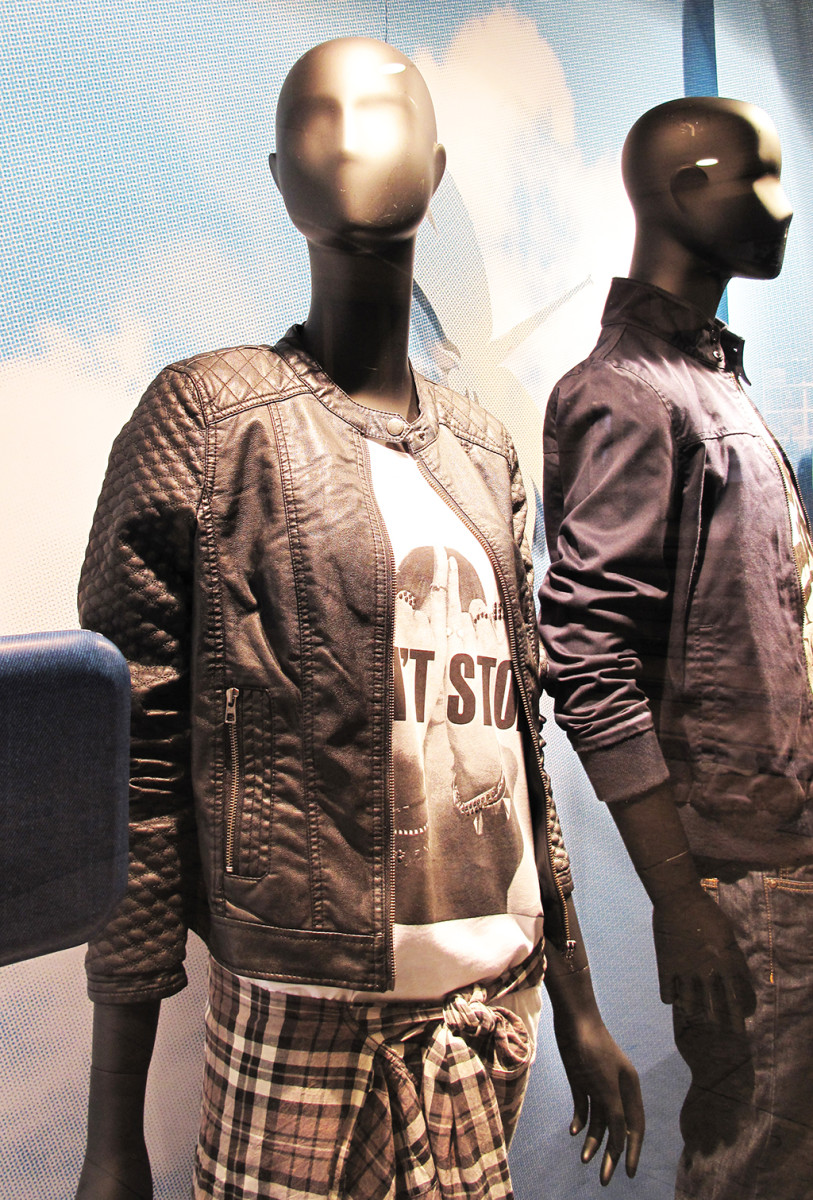 best-window-displays_C&A_2014_spring_clockhouse-denim_06