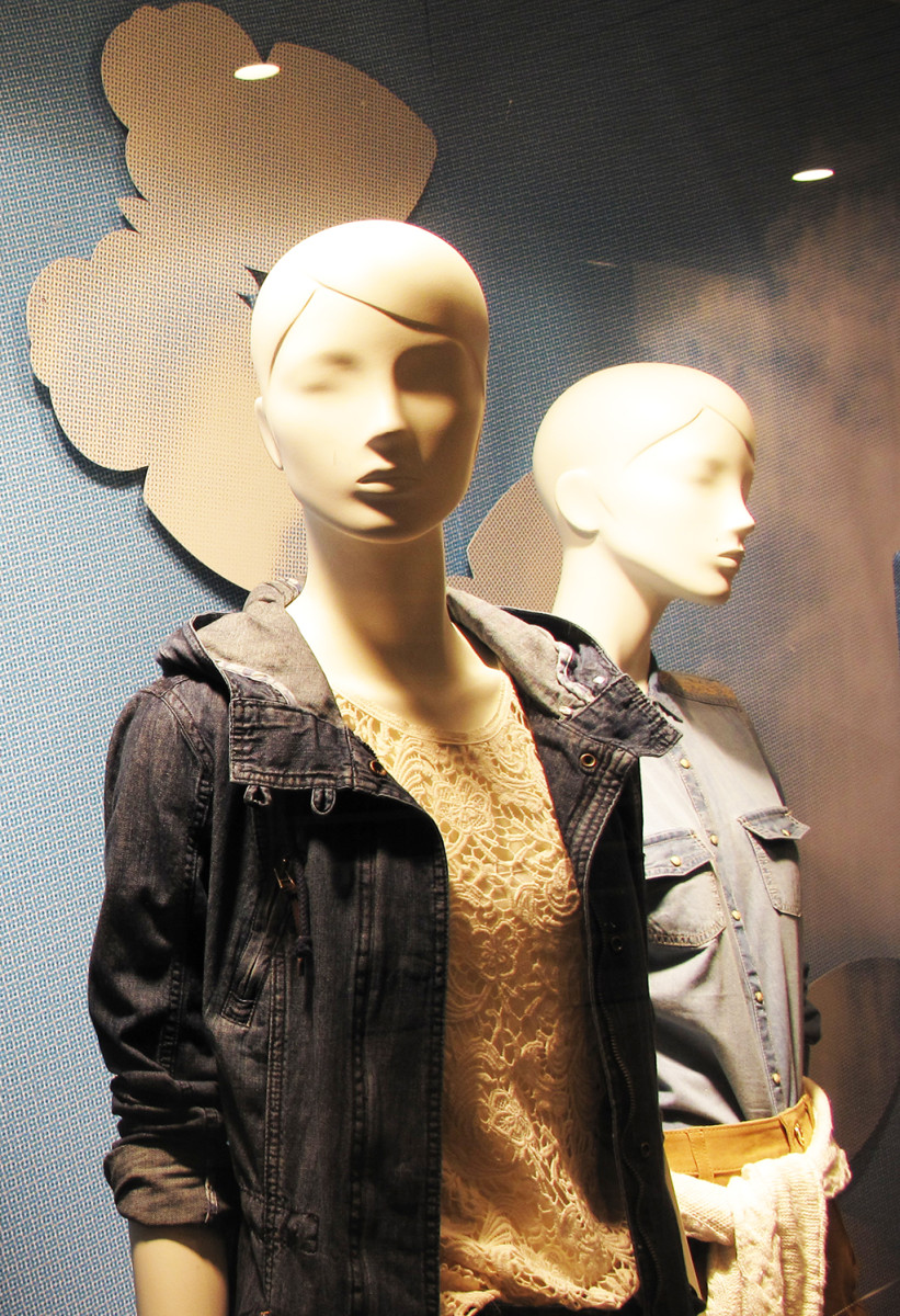 best-window-displays_C&A_2014_spring_clockhouse-denim_10