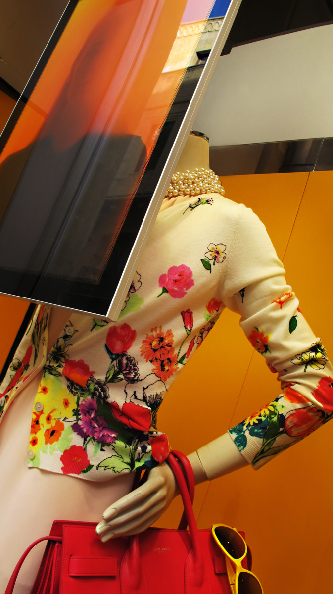 best-window-displays_aishti_2014_spring_04_beirut
