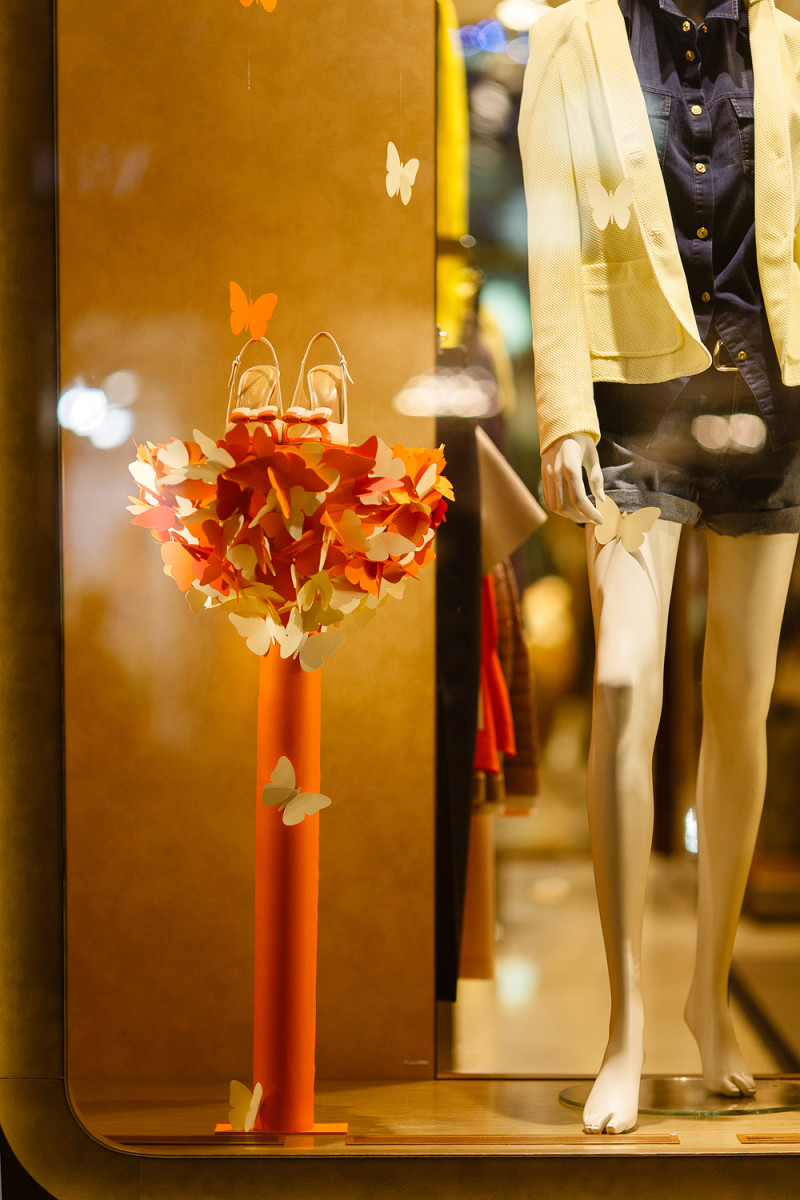 best-window-displays_charisma-fg_2014_spring_artlevel-design-studio_03