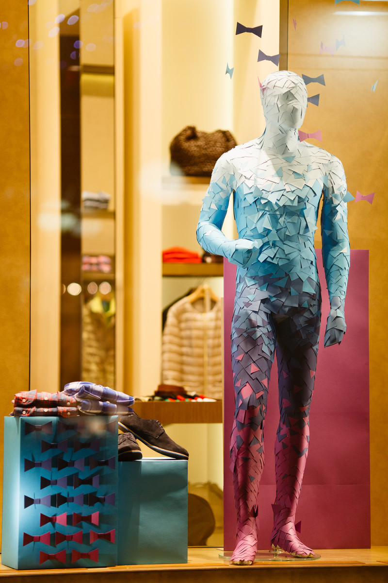 best-window-displays_charisma-fg_2014_spring_artlevel-design-studio_14
