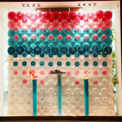 SHABELSKI Spring Window Display by ARTLEVEL design studio