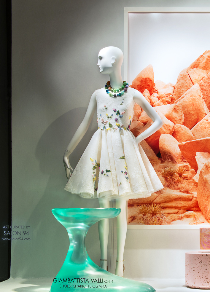 best-window-displays_2014_spring_frieze-art-fair_salon-94_02_valli