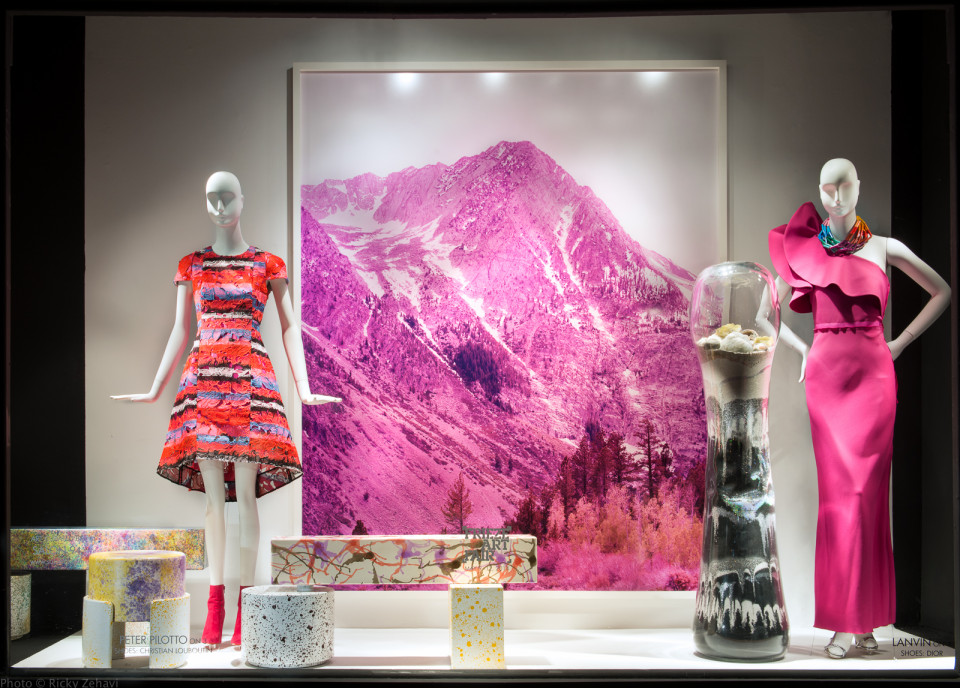 best-window-displays_2014_spring_frieze-art-fair_salon-94_05