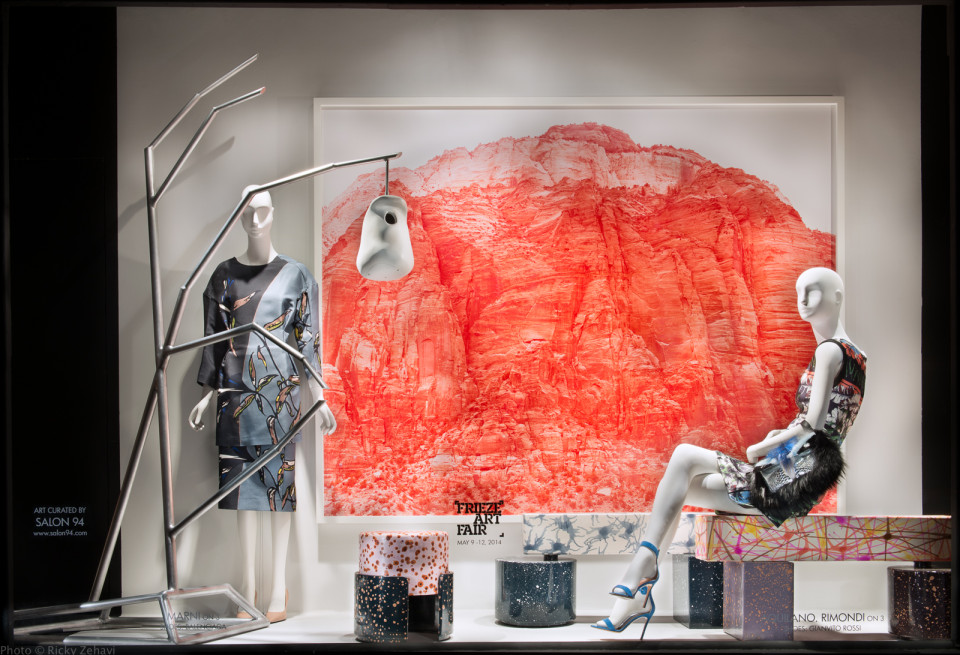 best-window-displays_2014_spring_frieze-art-fair_salon-94_09