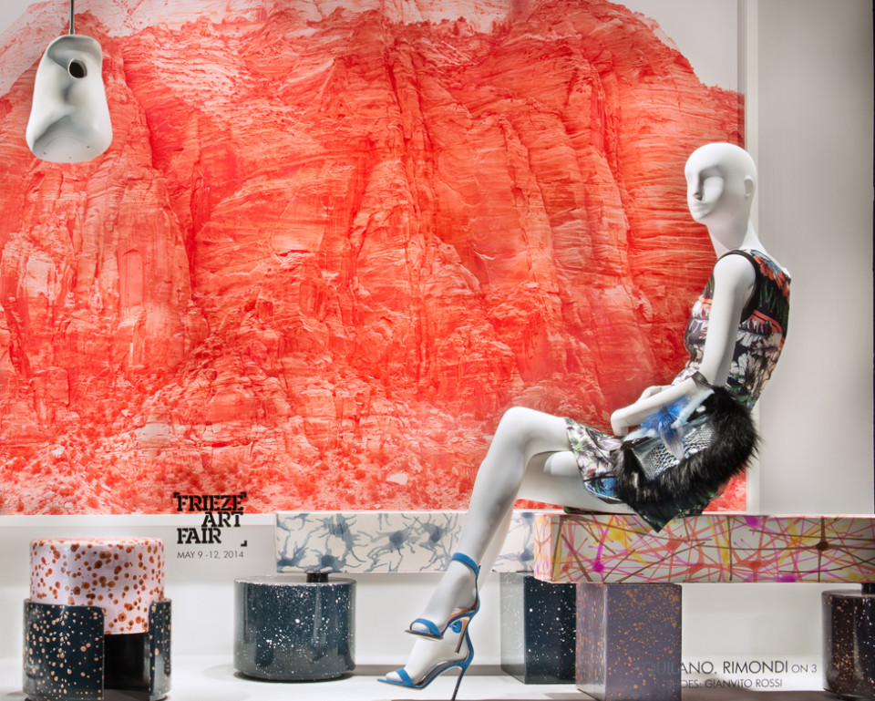 best-window-displays_2014_spring_frieze-art-fair_salon-94_11_aquilano