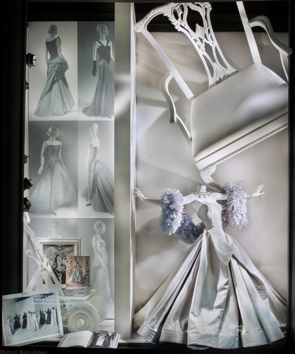 best-window-displays_bergdorf-goodman_2014_spring_charles-james–beyond-fashion_03