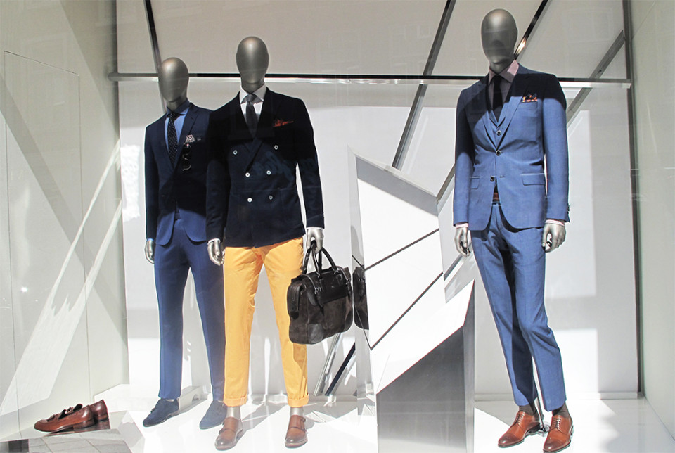 best-window-displays_hugo-boss_2014_spring_abstract_10