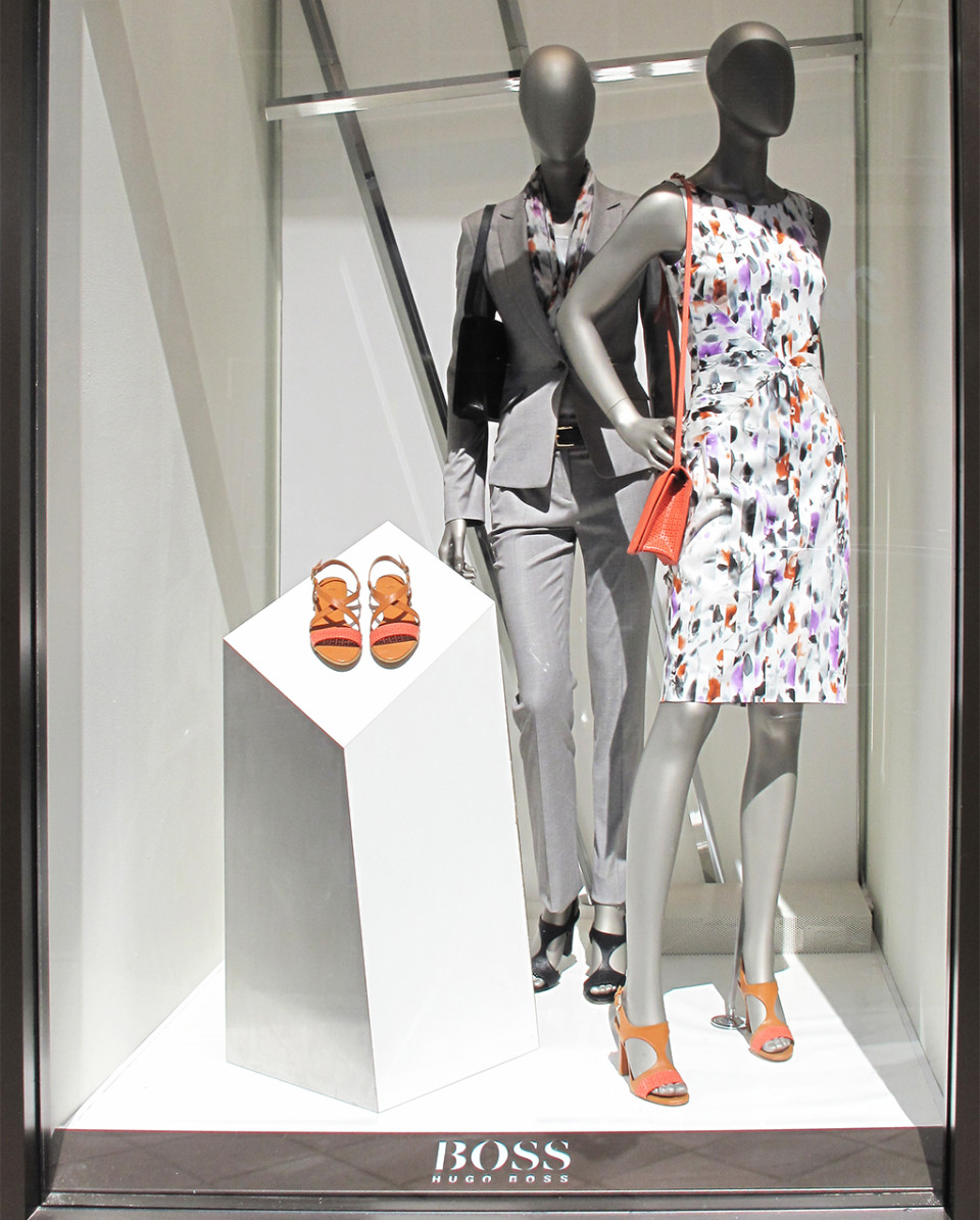 best-window-displays_hugo-boss_2014_spring_abstract_13