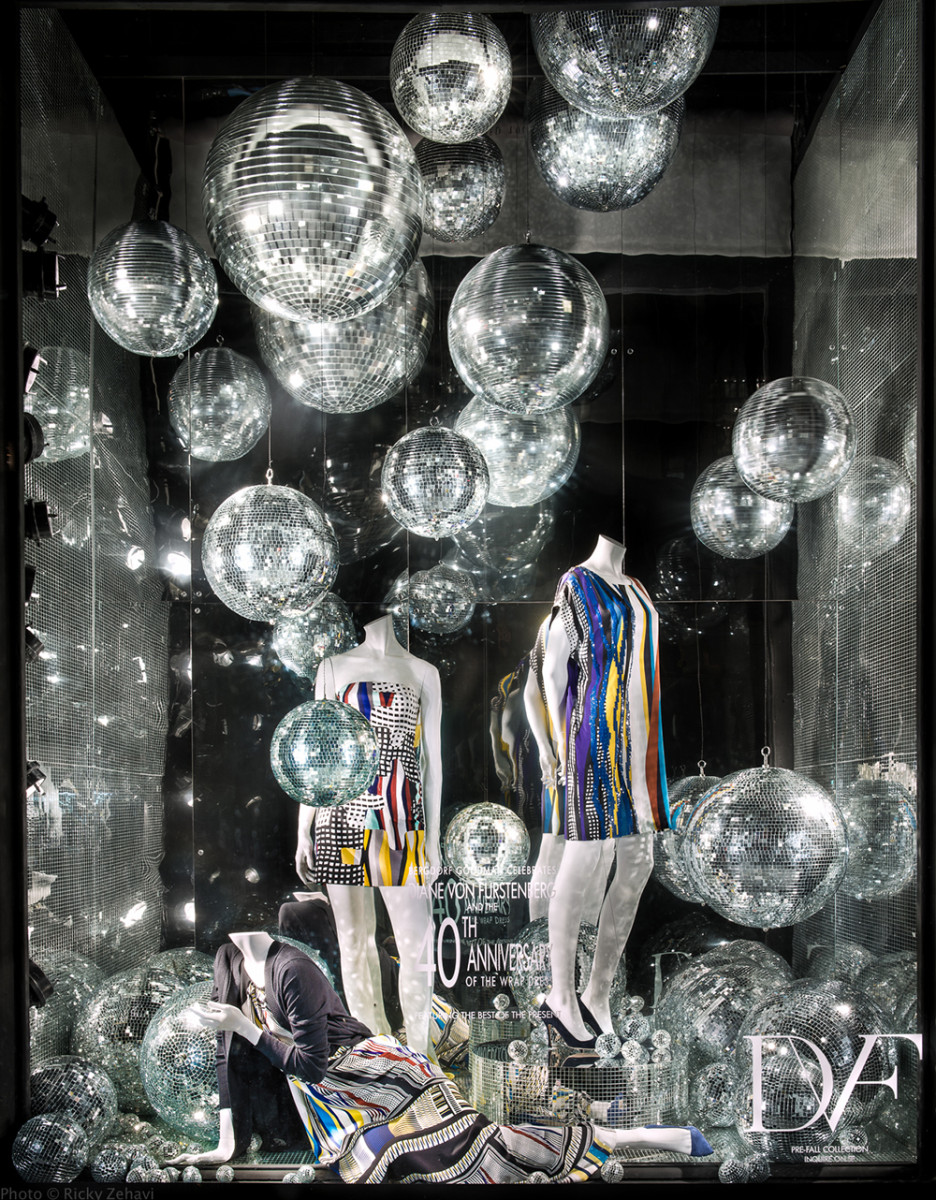 best-window-displays_bergdorf-goodman_2014_summer_diane-von-furstenberg_03