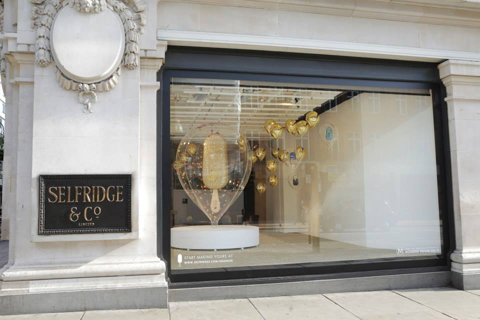 best-window-displays_selfridges_2014_summer_make-my-magnum_04