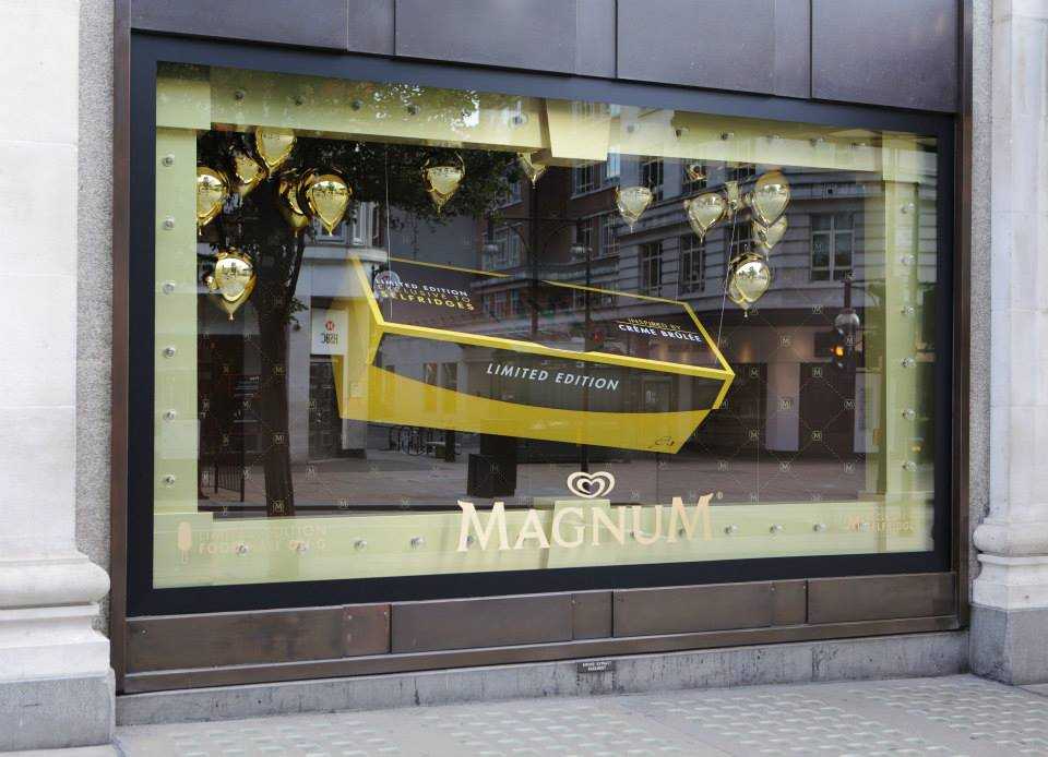 best-window-displays_selfridges_2014_summer_make-my-magnum_05