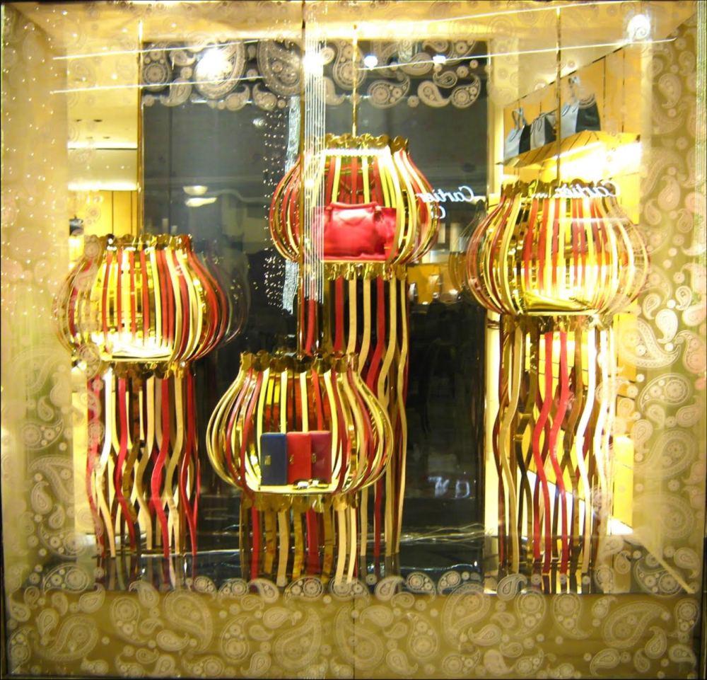 TOD'S 'Diwali' Window Displays by Marialuisa Cortesi