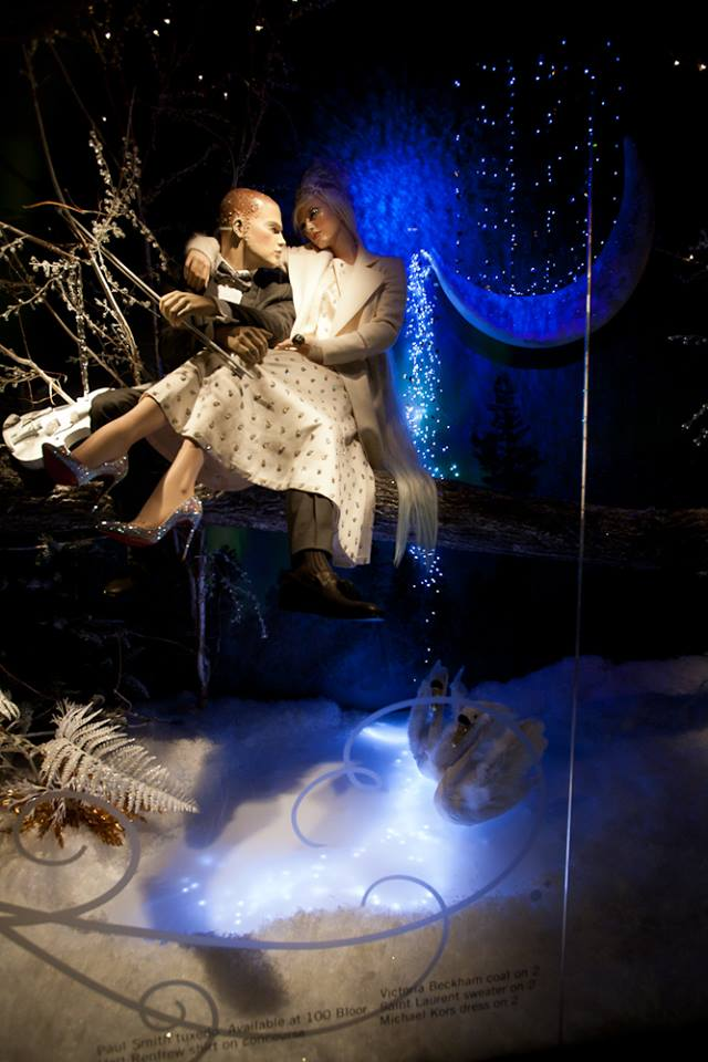 best-window-displays_holt-renfrew_2014_christmas_nothern-lights_03