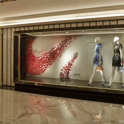 Spring window displays best window displays for Show window designs